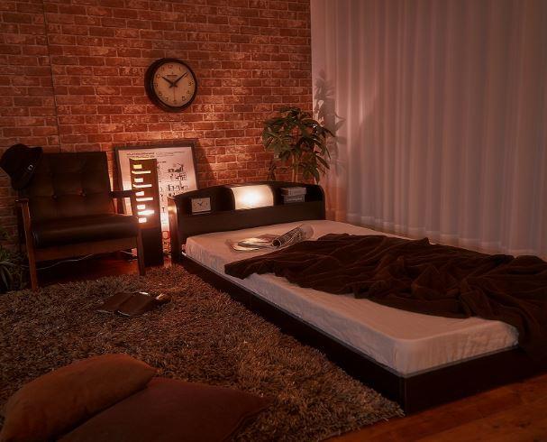 airRoom『ブラックライト付きローベッド 』が置かれた部屋
