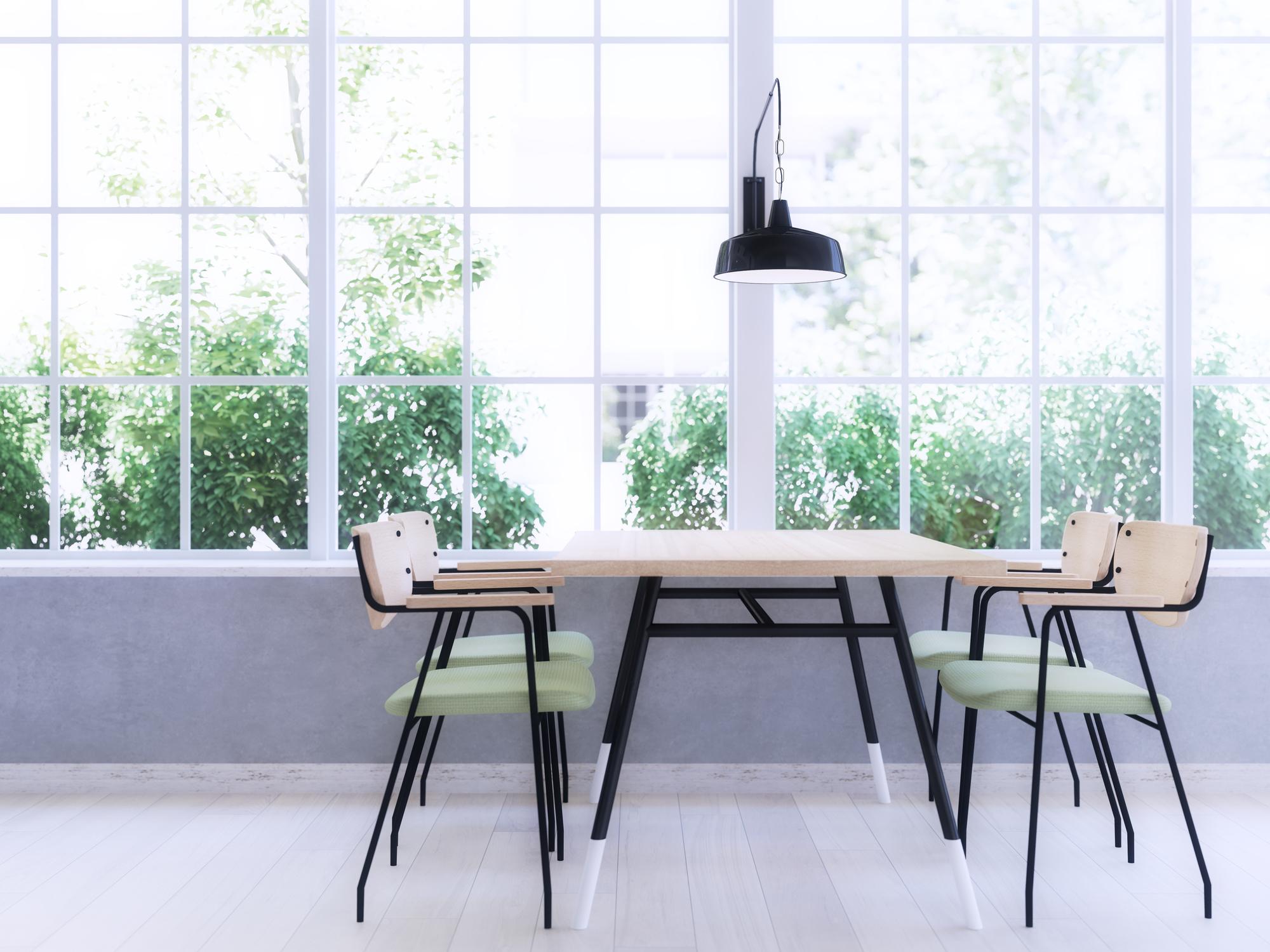 高品質の家具が置かれたダイニング